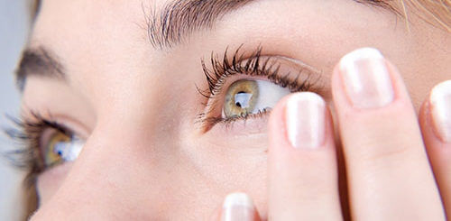 Ресничный клещ (демодекс): причины, признаки и лечение