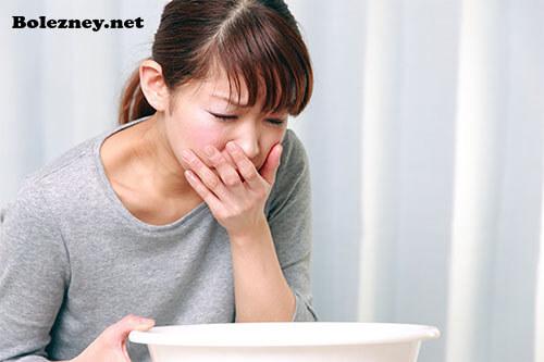 Понос и рвота с температурой у взрослого: причины, способы лечения