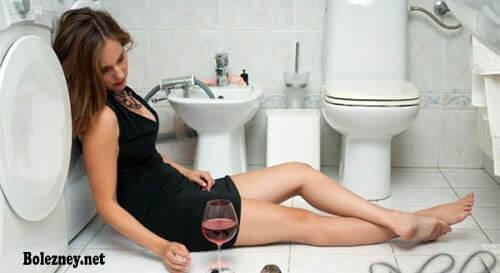 Тошнота после приёма алкоголя