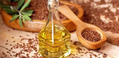 Льняное масло для очистки организма и не только. Как правильно пользоваться?